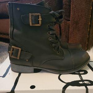 "Dolce Vita Black Boots - ""combat"""